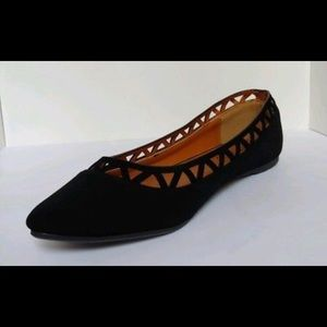 New women's pointed toe black ballet flats size 7